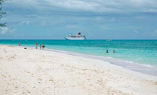 Cayman Condo On Seven Mile Beach Photos